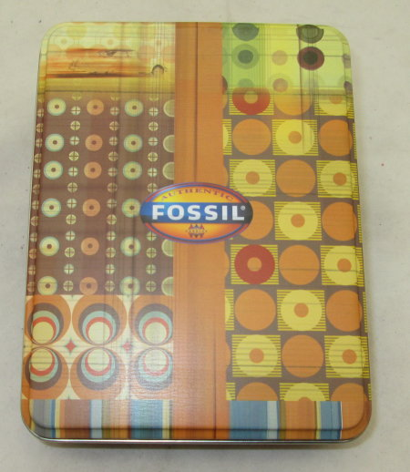 FOSSIL Manicure Set-SAVE OVER 15!!!