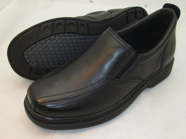 Black Twin Track Slip-On FD
